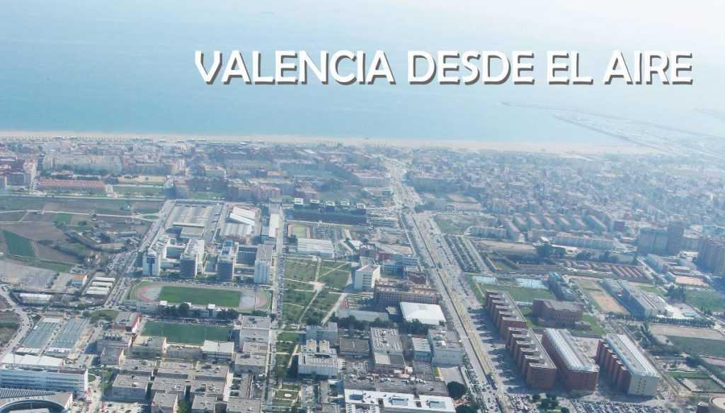 Imagen aérea de toda la zona de la UPV con vistas al mar Mediterráneo y playas de Valencia